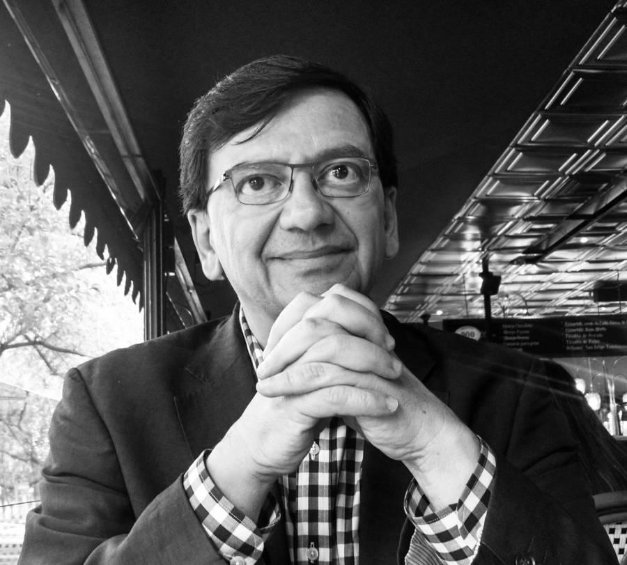Xóchitl Gálvez: Entre AMLO, un tal Max Correa y el
