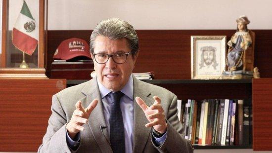 Damnificados siguen esperando apoyo: Monreal