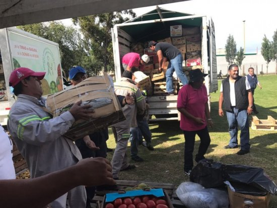 Dona CEDA 49 toneladas de víveres para albergues