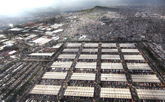 El mercado más grande del mundo resiste tres décadas de sismos