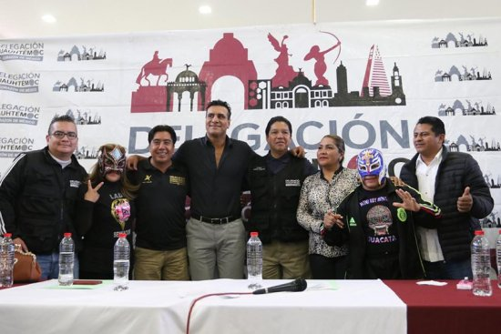 Luchadores apoyan a huérfanos del 19-S