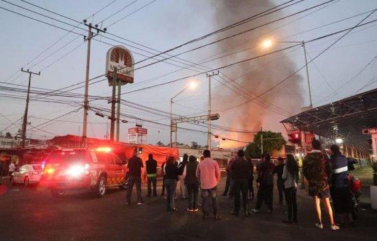 Ignoran a locatarios del mercado Hidalgo