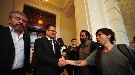 Asamblea Legislativa aprueba amnistía a detenidos en protestas anti Peña