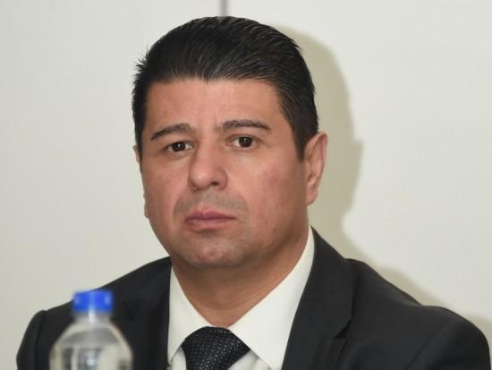 Serrano sabe para qué sirve la política.- diputado priista
