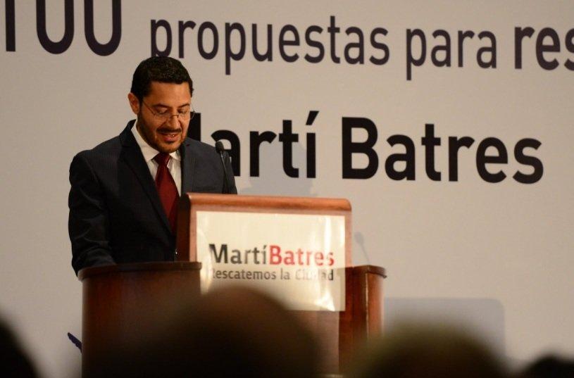 Se adelanta Batres y presenta sus promesas de campana