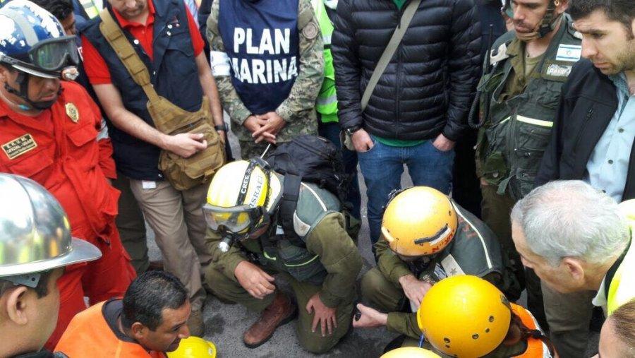 Apoyan brigadistas extranjeros rescate de victimas