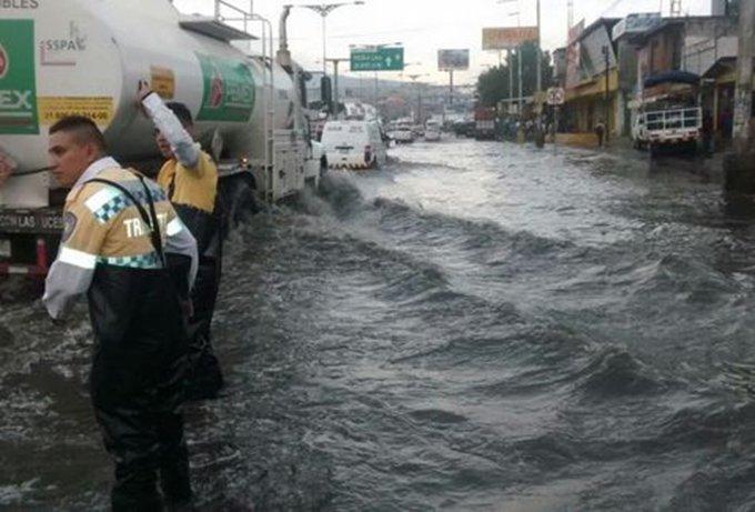 Solicitan 10 MDP para damnificados por inundaciones