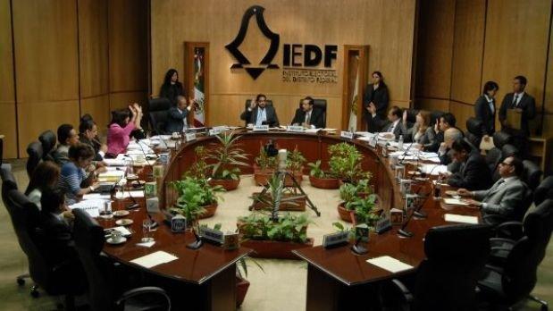 Consejeros del IEDF rechazan bonos de retiro
