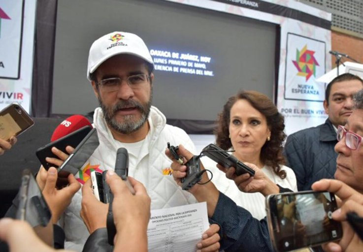 Bejarano y Padierna renuncian al PRD, tras 28 anos de militancia
