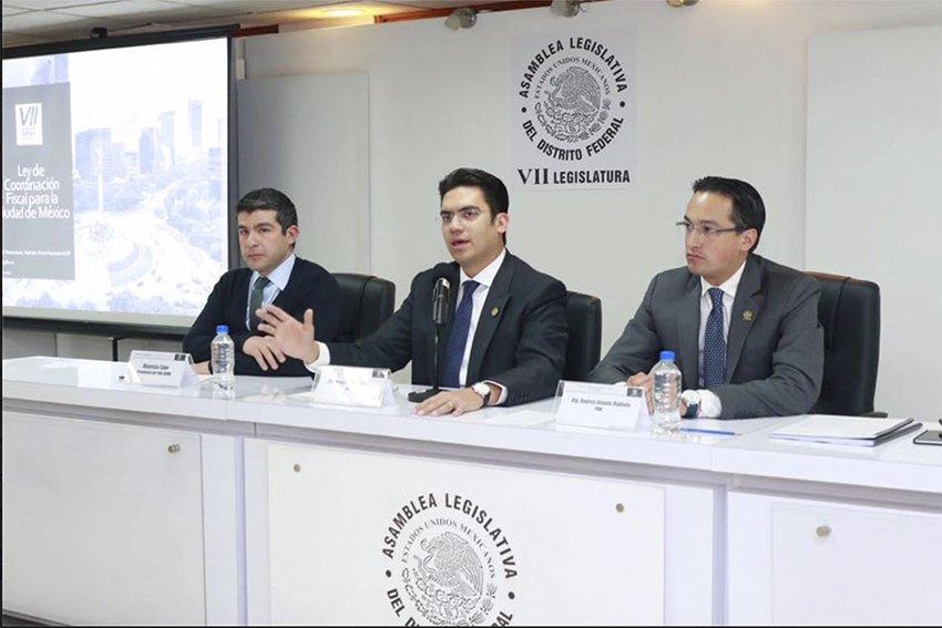 Acabara dependencia economica de futuros alcaldes con gobierno central: Jorge Romero