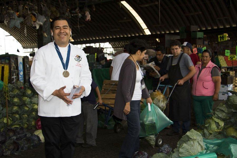 Chef Bossuet promueve a CEDA con Miercoles de Receta