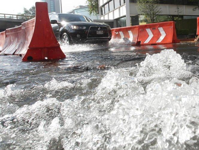Se pierde en fugas 42 por ciento del agua de la CDMX