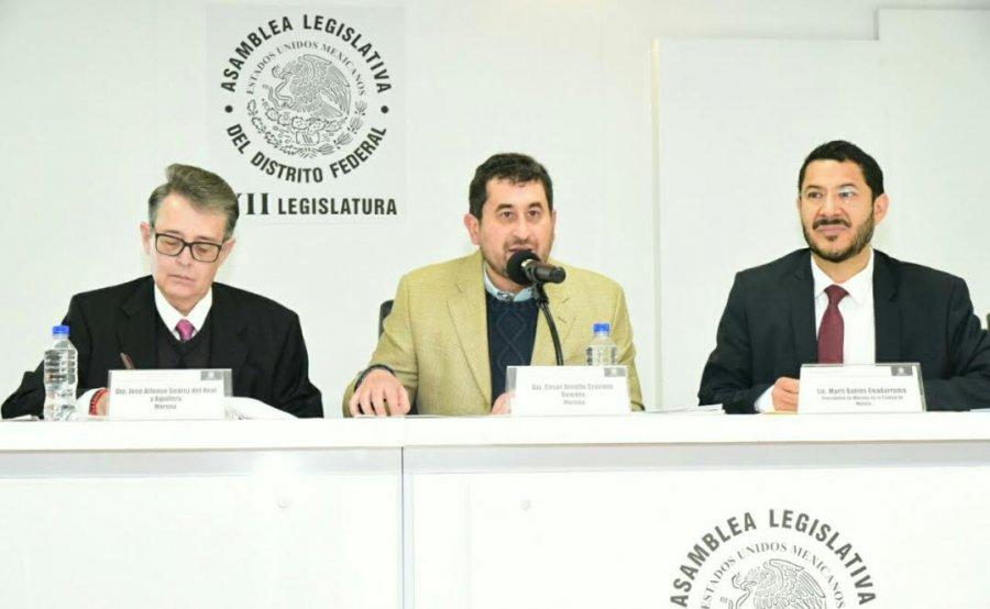 Morena denuncia superavit presupuestal de GCDMX