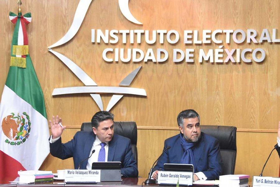 El IECM ordena hacer publicos padrones y calendarios de programas sociales