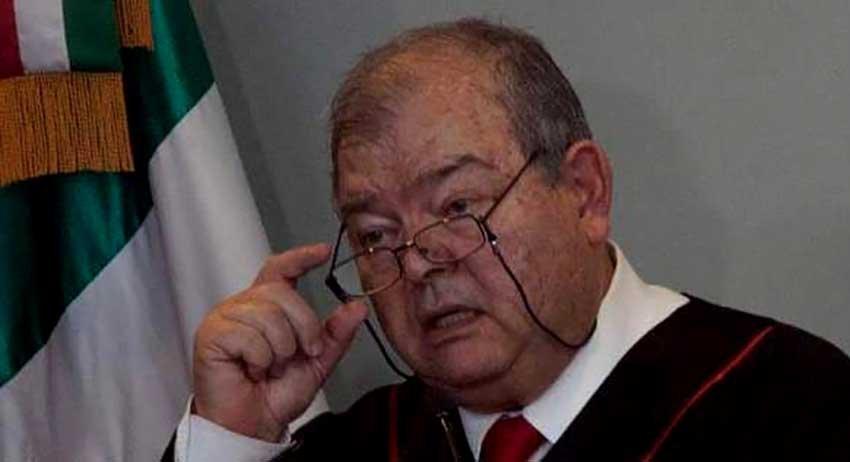 Acusan de acoso sexual a Edgar Elias Azar