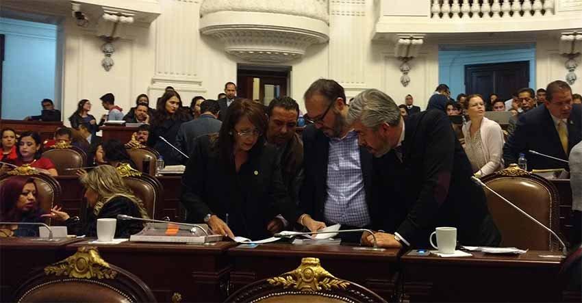 Con un PRD dividido se aprueba Ley de Alcaldias