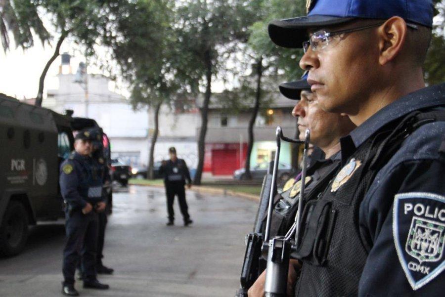 Dan golpe a narcomenudeo y autopartes robadas en Iztapalapa