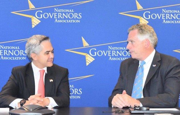 Dialogaran gobernadores de Mexico, Canada y EU sobre TLC