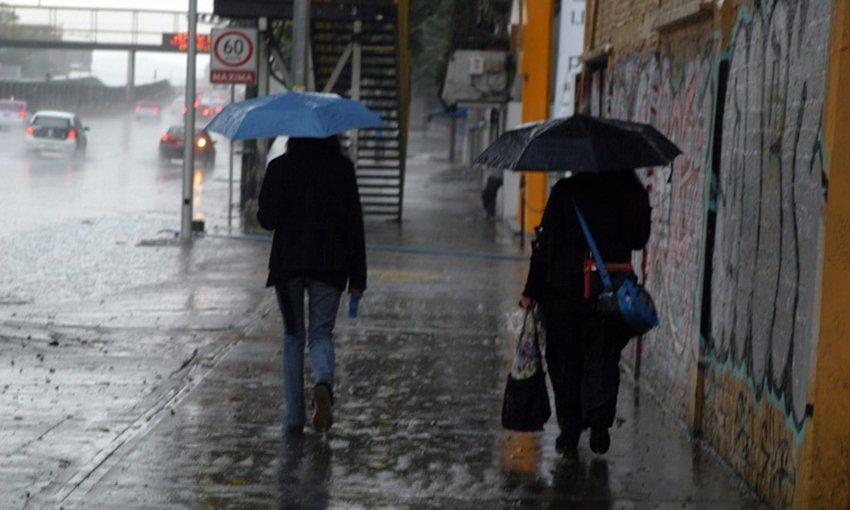 Alerta amarilla en 9 delegaciones por lluvia