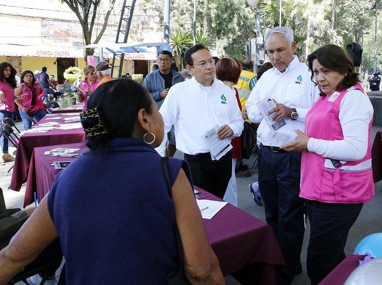 Realizan Caravana por la Transparencia en Azcapotzalco