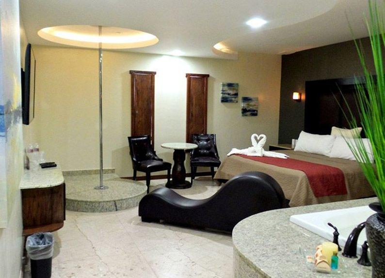 Buscan regular auto hoteles y moteles en CDMX