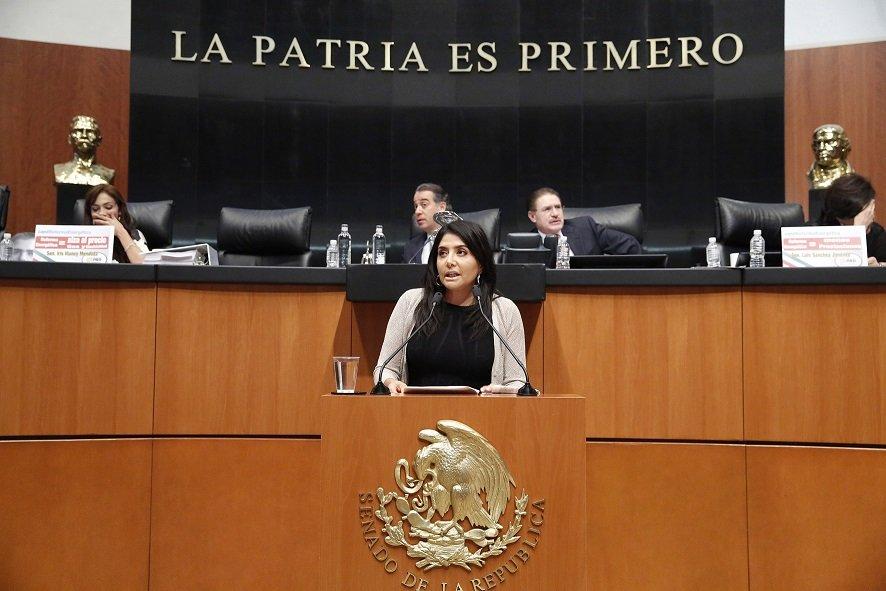 Regreso de Barrales al senado, incompatible con dirigencia del PRD.