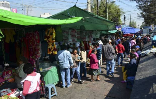 Pide COPARMEX regular economia informal