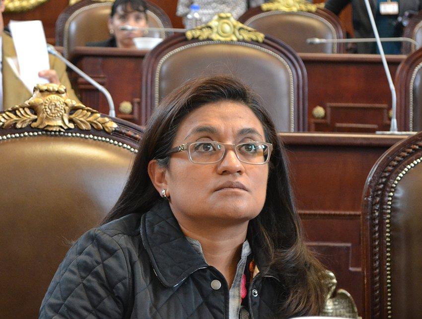Oficialia de la ALDF no pela a diputados
